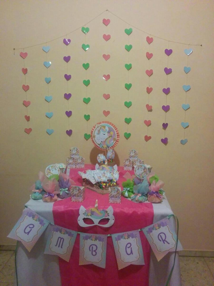 Mesa de dulces unicornios cajitas antifaz de regalo for Decoracion para pared de unicornio