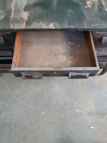mesa de escritório com 7 gavetas