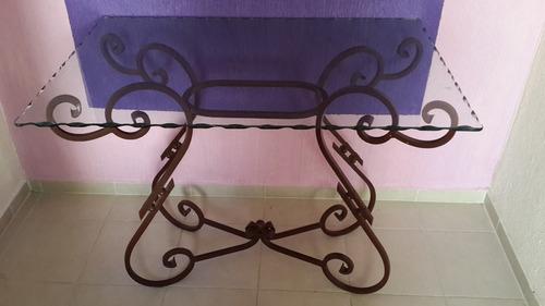 mesa de hierro forjado