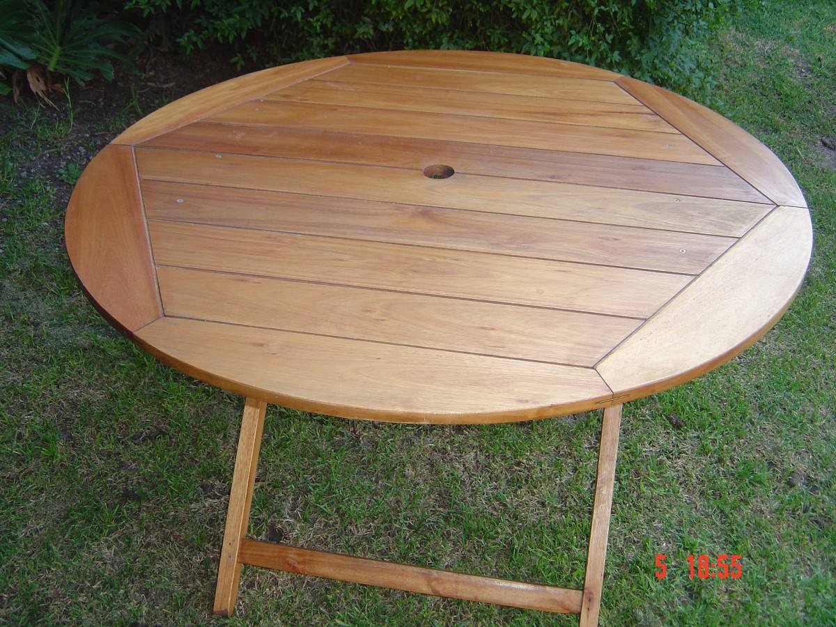 Mesas de jardin plegables awesome mesa plegable maleta for Mesa jardin madera plegable