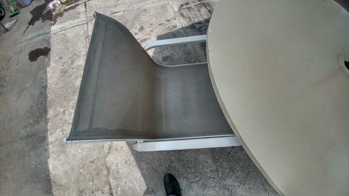 mesa de jardin/patio sombrilla y 4 sillas