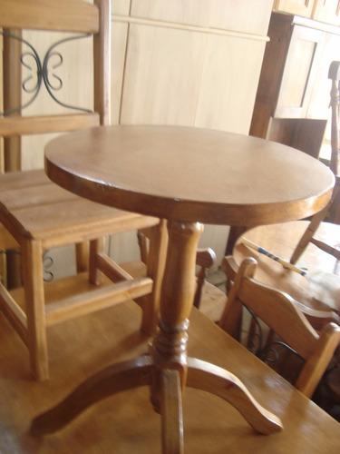 mesa de living o ratona de vestir color cedro en guatambu
