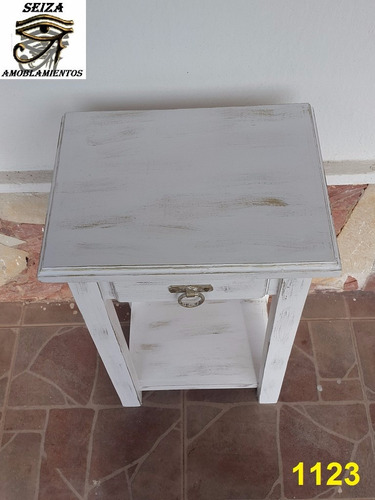 mesa de luz blanco laqueado
