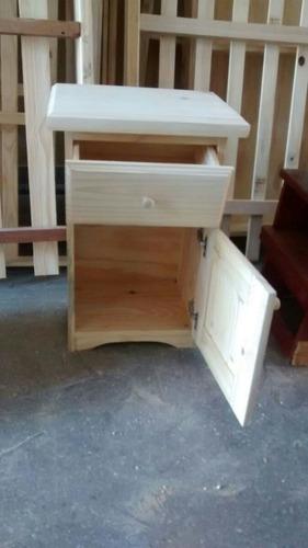 mesa de luz de pino con 1 cajón tambien para somier