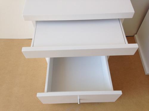 mesa de luz desayunador mesita laqueada moderna minimalista