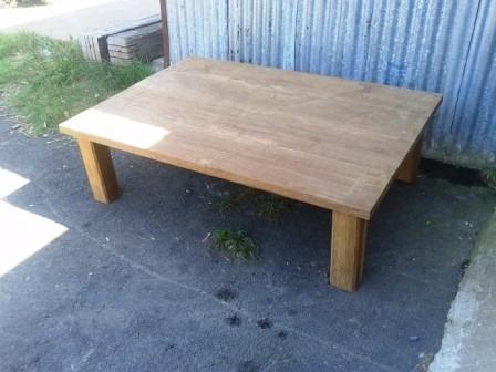 mesa de madera de lapacho