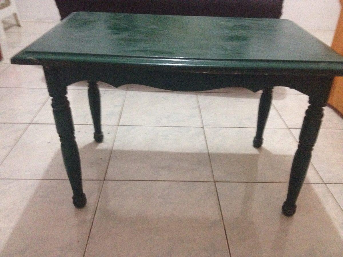 mesa de madera moderna color verde