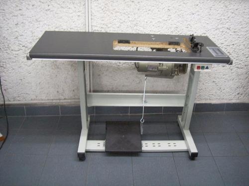 mesa de madera y herraje metalico maquina plana, fileteadora