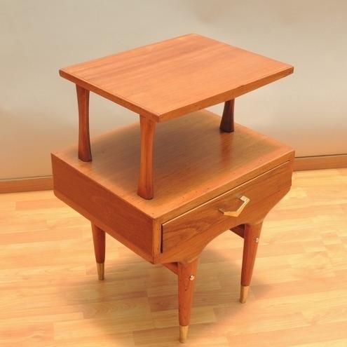 mesa de ocasión o lateral danés vintage años 60s original