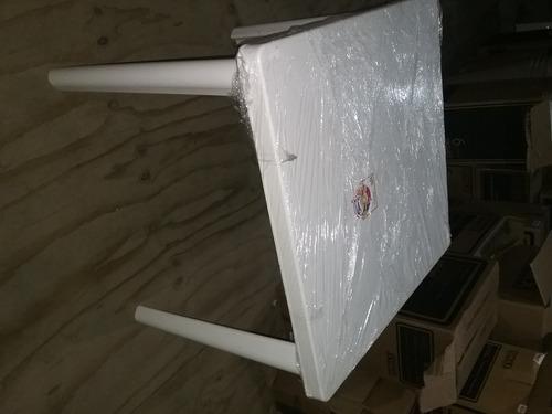 mesa de plastico resistente marca duralon (31×31)