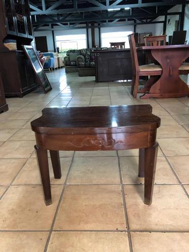 mesa de sala antigua tallada a mano en madera de cedro