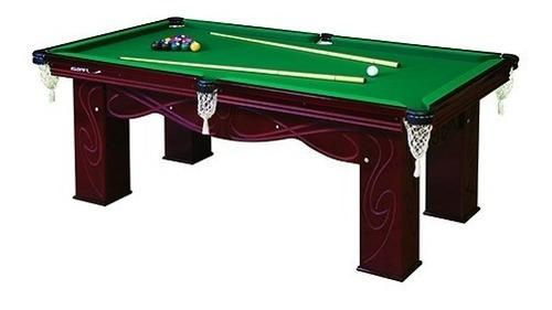 mesa de sinuca residencial luxo com jogo de bolas e tacos