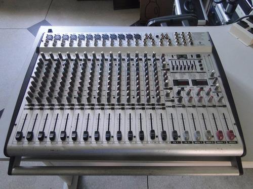 mesa de som behringer amplificada pmh 5000