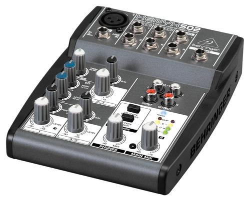 mesa de som behringer xenyx 502