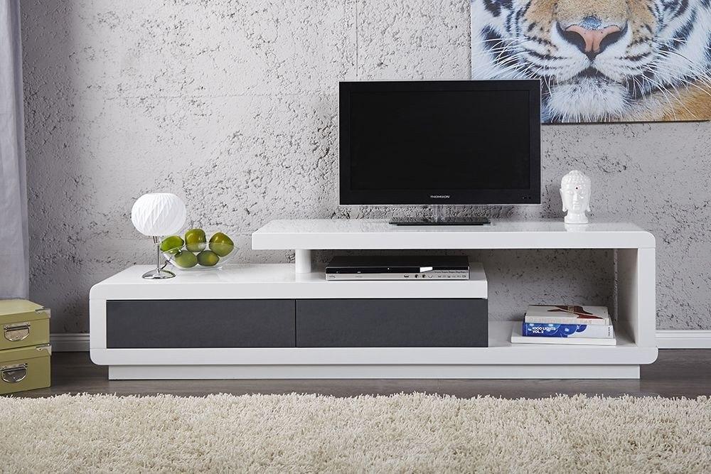 Mesa de television dise o moderno sistema push ref for Mesas de television baratas