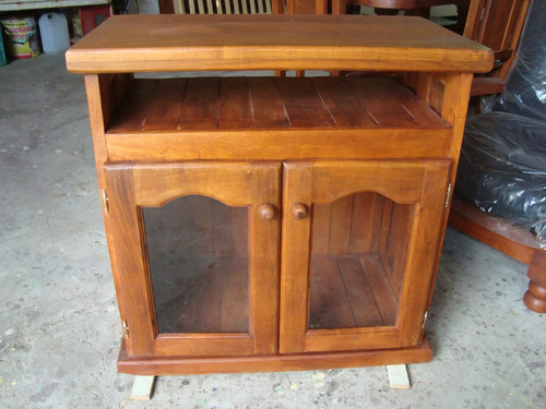 mesa de tv de algarrobo
