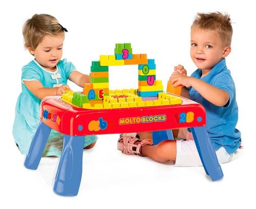 mesa didática infantil pedagógica baby land c/ 20 blocos
