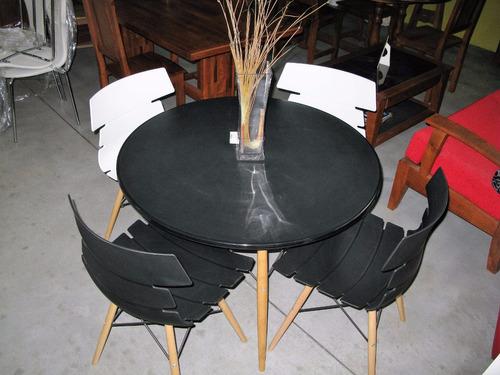 mesa eames tapa de pvc patas de madera 1mt diámetro