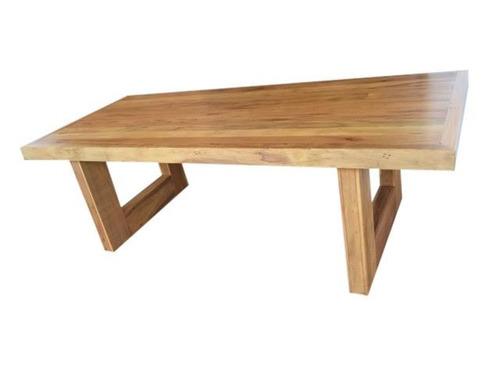 mesa em u pé vazado 2,50