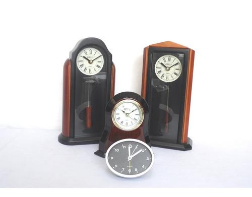 mesa escritorio reloj