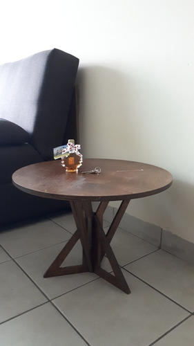 mesa esquinera