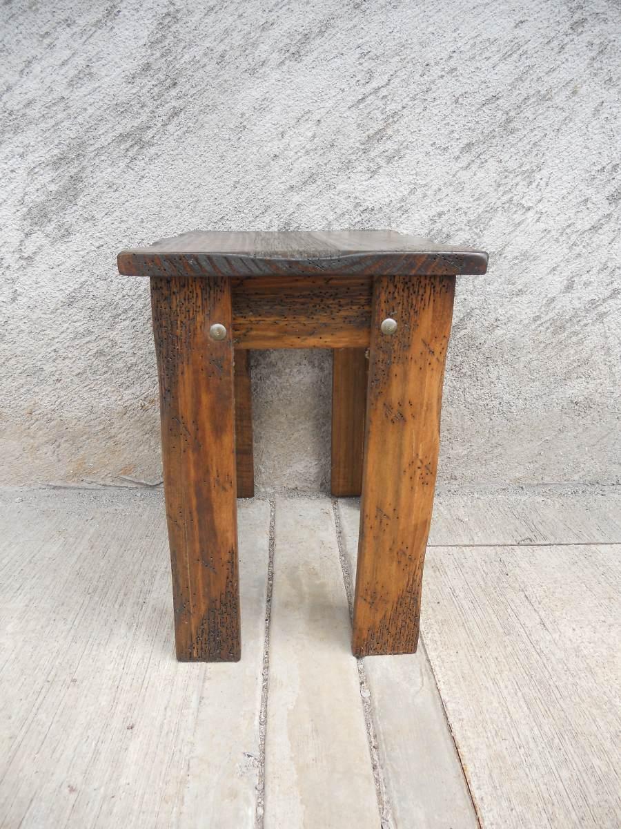 Mesa esquinera r stica madera de pino apolillada for Mesa esquinera madera