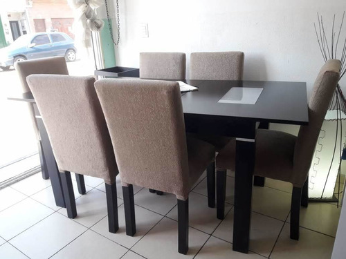 mesa extensible + 6 sillas vestidas