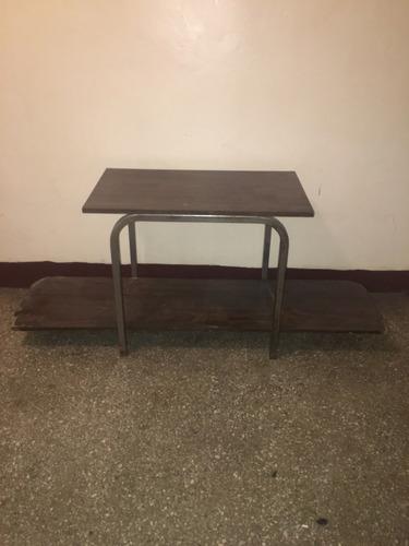 mesa grande para equipo de sonido o tv