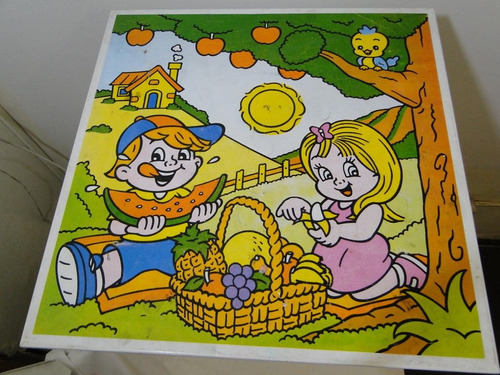 mesa infantil retratil de lata com desenho decorativo
