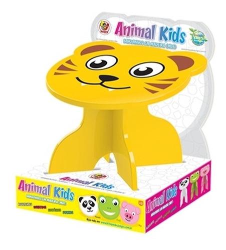 mesa infantil tigre em madeira mesinha + 2 bancos junges