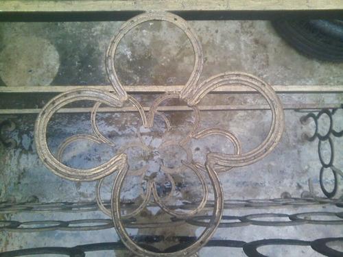 mesa isla barra bar artesanal echa con herraduras