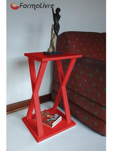 mesa lateral de apoio x ou mesa de cabeceira vermelho laca