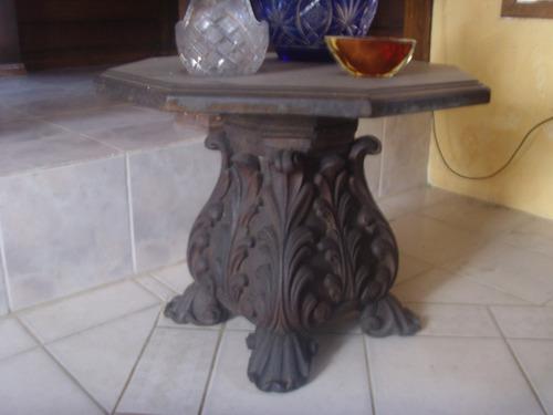 mesa lateral entalhada maciça rara e única