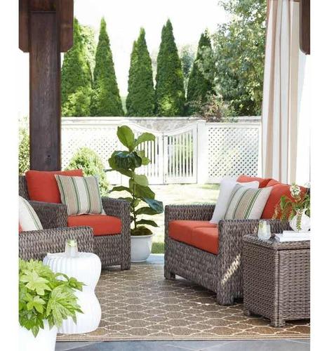 mesa lateral jardín