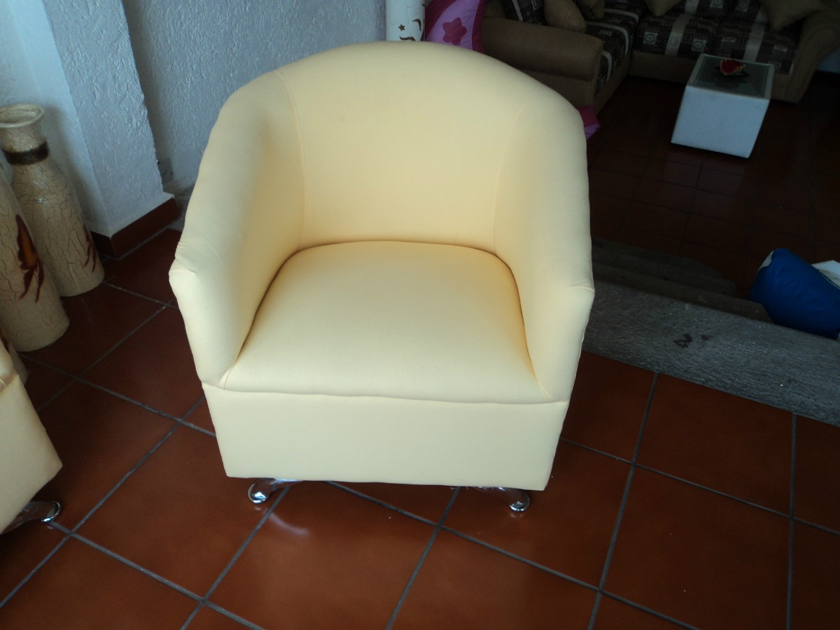Mesa lounge 4 puffs sillon minimalista para bar casa - Puff ikea precio ...