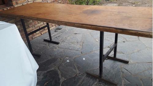 mesa madera con caballetes de hierro 2.20 m