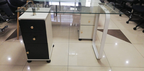 mesa manicure modelo elegante madera spa gabinetes peluquerí