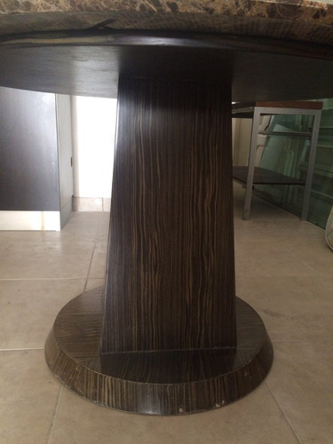 mesa mármol diámetro 1,18 alto 0,76 base de madera