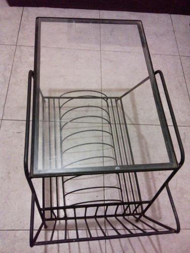 mesa metalica con base de vidrio