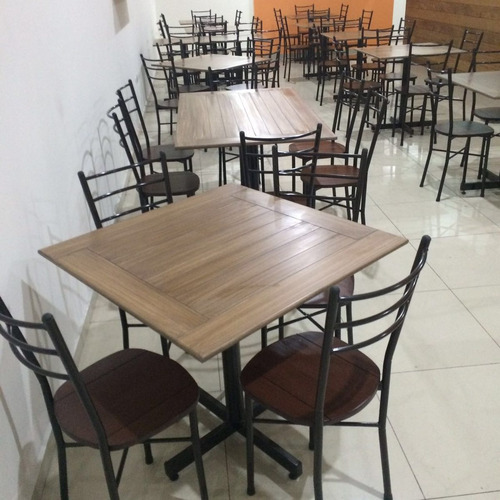 mesa mianso con  4 sillas  restaurantes, cafeterías  bares