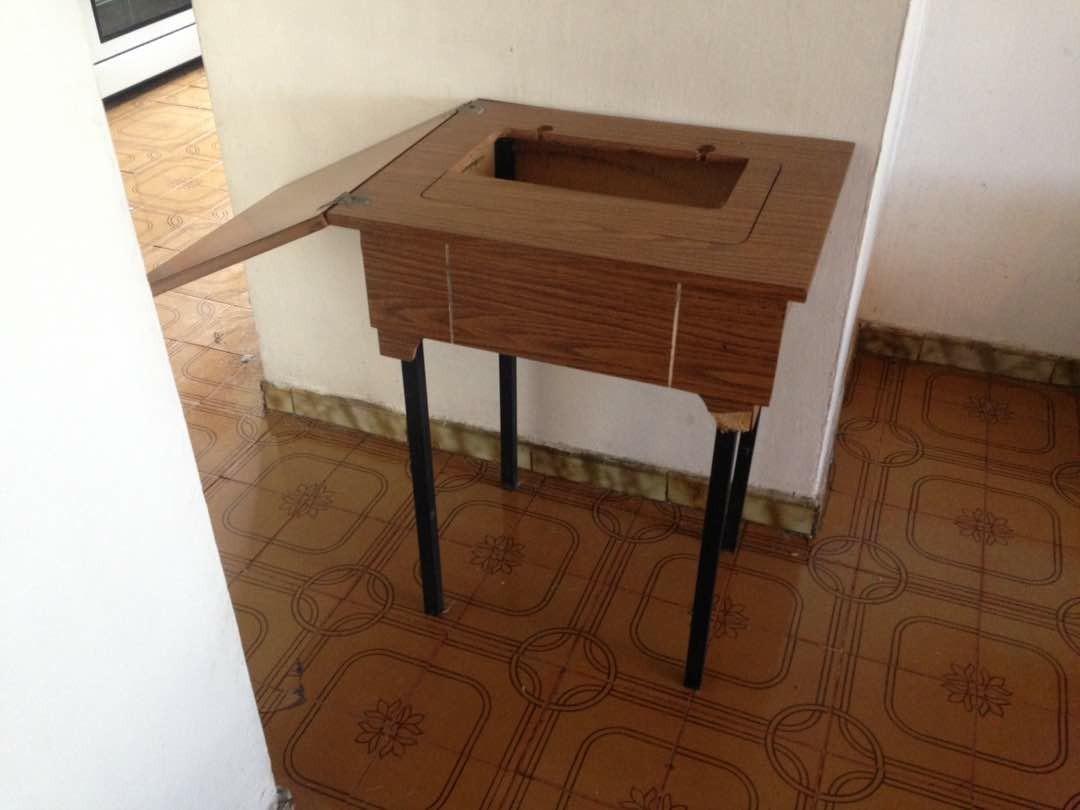 Mesa mueble para maquina de coser familiar bs - Mueble para maquina de coser ...