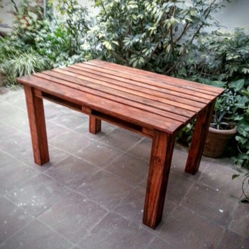 mesa pallet palet en madera reciclada laqueada