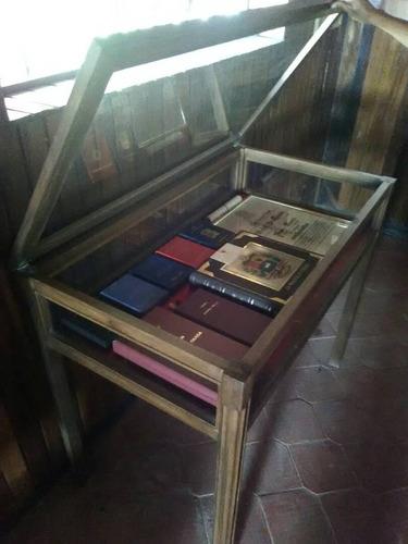 mesa para condecoraciones