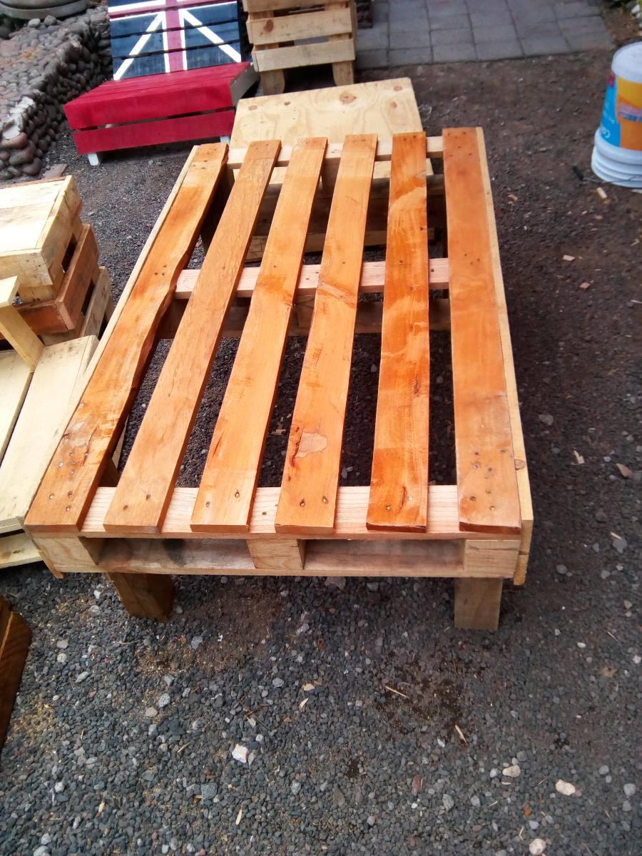 Mesa para jard n bandera inglesa de palets reciclado - Mesas de palets para jardin ...