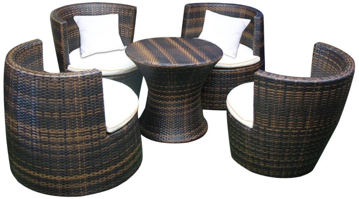 Juego de sillones con mesa central para jardin exterior for Muebles de mimbre para jardin
