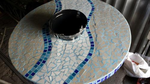 mesa para jardins ou piscina! !! com balde no meio para gelo