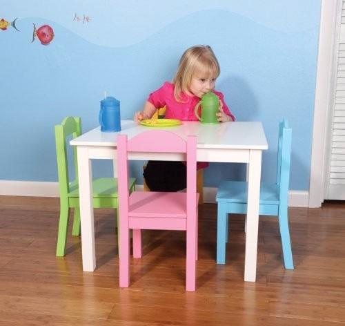 Mesa para ni os tot madera 4 sillas mesita colores for Mesas y sillas para ninas