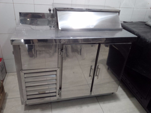 mesa para preparacion de sanduches en acero inoxidable