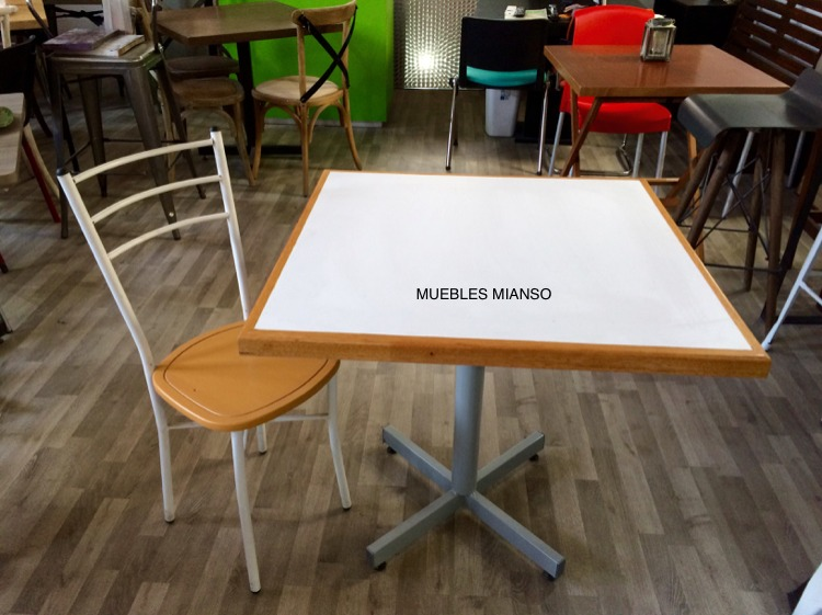 Mesa para restaurante bar y cafeter a incluye 4 sillas for Mesas para restaurante usadas