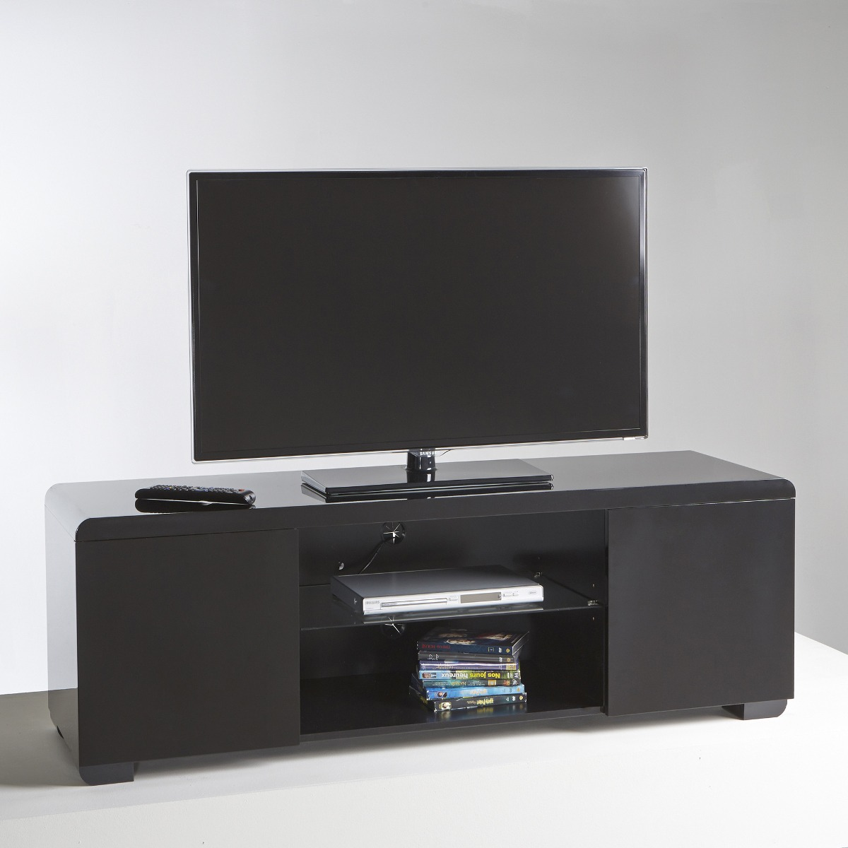 Mesa para television dise o moderno con vidrio ref for Mesas de television baratas